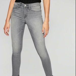 Athleta Gray Wash Sculptek Skinny Jeans 6